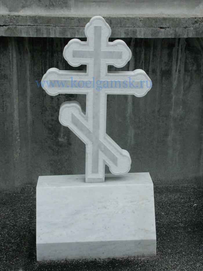 Памятник с крестом на просвет Мытищи Ваза. Габбро-диабаз Тула